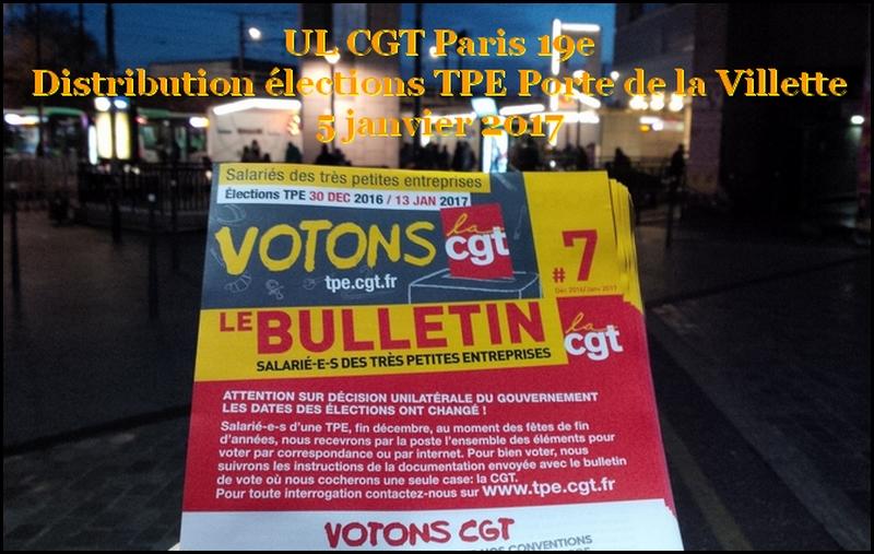 Distribution par l'UL du 19e de tracts pour les élections pour les très petites entreprises 2016 métro Porte de la Villette
